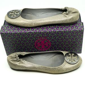 TORY BURCH~BALLET FLATS~SILVER CRACKLE LEATHER~9.5
